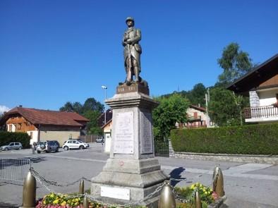 Statue du monument aux morts de Chatillon-sur-Cluses (site annuaire-mairie.fr)