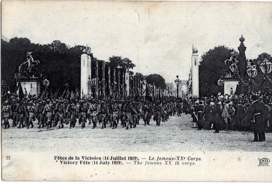 Défilé de la Victoire, 14 juillet 1919 : Le fameux XXe Corps (site lycees.ac-rouen.fr)