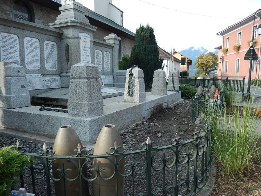 Travaux de consolidation du monument aux morts de Passy : vue d'ensemble (cliché Bernard Théry, 19 octobre 2016)