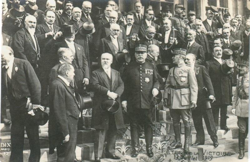Défilé de la Victoire, 14 juillet 1919 : les Politiques (site diablesbleus du 30e )