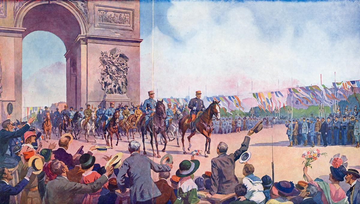 Le Maréchal FOCH et le Maréchal JOFFRE acclamés au moment de leur passage sous l'Arc de Triomphe (site guy.joly1.free.fr)