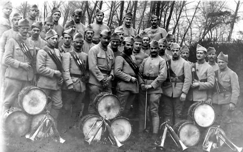 La Grande Guerre des musiciens d'ordonnance (site tambours-bgha.org, page centenaire Alsace)